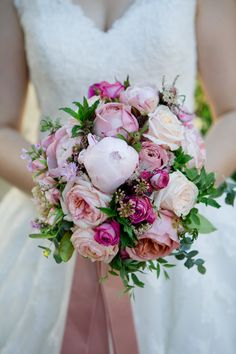 Bridal bouquet May 2017 credit: Mirja Hoest Photography.