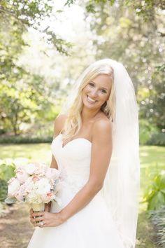 - Bella Rose Photography www.bellarosephoto.com Bride, bridal portraits, Southern Bride, Airlie Gardens Bridal Portrait, peony bouquet.