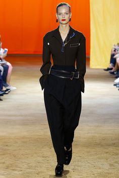 2016春夏プレタポルテコレクション - セリーヌ(CÉLINE)ランウェイ コレクション(ファッションショー) VOGUE JAPAN