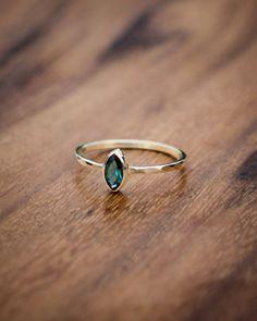Ring Set, Ring Verlobung, Delicate Rings, Unique Rings, Unique Jewelry, Delicate Jewelry, Jewelry Ideas, Vintage Engagement Rings, Diamond Engagement Rings
