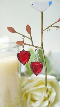 Vintage Ruby Red Glass Jewel Earrings. Heart Shape. Romantic. Love