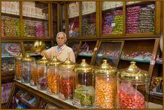 This photo may have been taken in Istanbul but it reminded me so much of the candy shop in the original Willy Wonka.