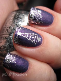 Silver Christmas Tree...what a great Xmas manicure!