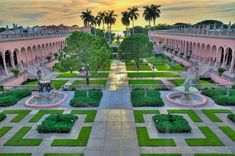 Beautiful scenery at the Ringling Museum of Art!