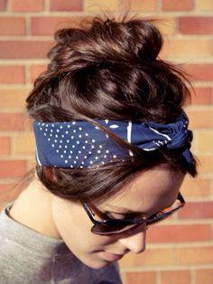 0c4c2c0b0e11 Coiffure avec un foulard Chignons, Bandana Cheveux, Coiffure Cheveux Carré,  Coiffure Cheveux Long