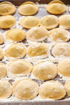 Peynir Soslu Kıymalı Ravioli (İtalyan Mantısı) | Reyhan'ın Mutfağı