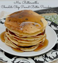 Mrs. Butterworth's Chocolate Chip Peanut Butter Pancake Recipe + Family Fun Breakfast Kit Giveaway | Mom To Bed By 8
