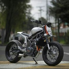 | KTM Duke 390 Smart customization by holybikes