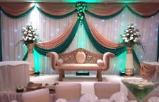gold&green wedding backdrop top 4 swag and middle design No white curtain Reception Stage Decor, Wedding Backdrop Design, Wedding Hall Decorations, Wedding Stage Design, Wedding Reception Backdrop, Marriage Decoration, Backdrop Decorations, Wedding Backdrops, Wedding Centerpieces