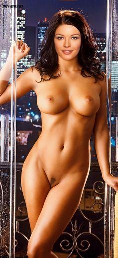 Zeta Jones Nude 60