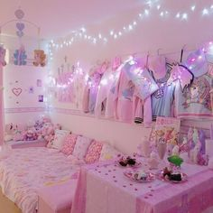 Cute and Kawaii Room Ideas for Your Daughters. Cute and Kawaii Room Ideas. The room is the most comfortable and private place in the world. In the room we can do our favorite activities from sleepi. Cute Room Ideas, Cute Room Decor, Girl Bedroom Designs, Room Ideas Bedroom, Bedroom Wall, Salle Pastelle, Pastell Goth Outfits, Deco Gamer, Pastel Bedroom