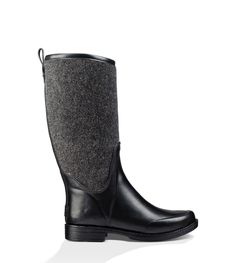 This glossy waterproof boot just might make you love the rain. A contrasting shaft elevates the classic rubber design, but the cushioning insole lined with natural wool is the real star here