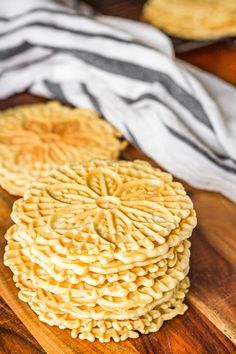 This classic pizzelle recipe produces light & crispy Italian waffle cookies using a pizzelle iron! Tips for how to make pizzelle cookies + variations. Easy Cookie Recipes, My Recipes, Italian Recipes, Holiday Recipes, Dessert Recipes, Favorite Recipes, Italian Desserts, Recipies, Crack Crackers