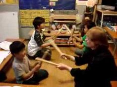 HandsOn Elementary Students Chant With Lemme Sticks - Anyone else remember this? Mak-o-way-ko-tae-ko-wae, koo-e-ta-na! Lets Play Music, Music For Kids, Kids Songs, Preschool Music, Music Activities, Activity Based Learning, Piano Teaching, Elementary Music, Music Therapy