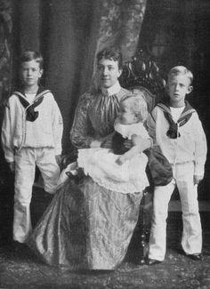 From left Prince Gustaf Adolf (later King Gustaf VI Adolf) Crown princess Victoria with Prince Erik and Prince Wilhelm, 1891.