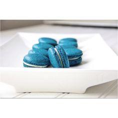 Blå makroner til barnedåp. Ser de litt giftige ut?