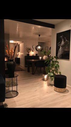 Glam Living Room, Living Room Decor Cozy, Home And Living, Bedroom Decor, Home Room Design, Home Interior Design, Living Room Designs, Romantic Home Decor, Easy Home Decor