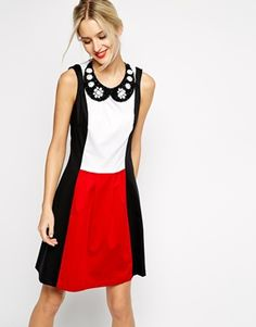Love Moschino Sleeveless Color Block Dress with Beaded Collar Necklace RRP $490.81 $230.24, want a bit more structure, but I love this color combo.