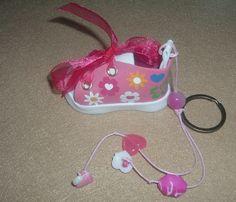 Ténis Flores Headphones, Baby, Key Fobs, Flowers, Headpieces, Ear Phones, Baby Humor, Infant, Babies