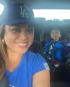 THINK BLUE: Headed to the Dodger Game with mah main boos. #mytribe #WeloveLA #livebreatheblue #trueblue #bleedblue #Doyers #diamondgirl #baseballislife #MommyBabyGTime #BabyG #NeneBoy #myreason #miviejo by lachingonajazzi3
