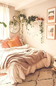 Small bedroom design ideas #bedroomdecorideas Small bedroom design ideas Teen Room Decor, Room Ideas Bedroom, Small Room Bedroom, Home Decor Bedroom, Diy Bedroom, Bedroom Inspo, Dream Bedroom, Modern Bedroom, Room Decor Boho