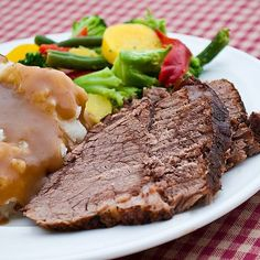 Best Oven Roast Recipe Main Dishes with beef roast, kosher salt, pepper, beef… Cooking A Rump Roast, Rump Roast Recipes, Oven Cooking, Oven Roast, Meat Recipes, Cooking Recipes, Pot Roast, Cooking Beets, Dinner Recipes