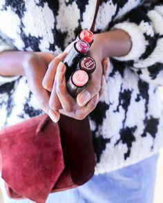 """""""Mi piace"""": 1,019, commenti: 8 - Yves Rocher Italia (@yvesrocheritalia) su Instagram: """"54 tonalità, 3 effetti: satinato, brillante e perlato. Sarà difficile scegliere! #redlips #makeup…"""""""