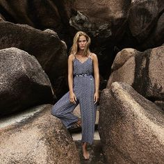 Spending Christmas at some place warm? Then make sure to have a peak at our Swimwear SS18 Early Delivery collection. Next to bikinis and bathing suits, we also have lots of accessories like this jumpsuit to complete your beach look. 🌴💙 #seychelles #winterescape #jumpsuit #shadows #earlydelivery #swimwearss18 #beachwear #cyell