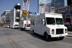 Die Einsatzfahrzeuge der Heilsarmee in Los Angeles auf dem Weg zu den Feierlichkeiten zum 125jährigen Bestehen der Heilsarmee in der Stadt.