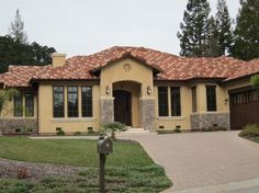 1000 Images About Exterior House Paint Colors On Pinterest Mediterranean Homes Spanish Style
