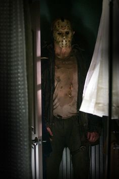 "Jason Voorhees and his famous hockey mask repeated the success of ""Halloween"" in the 1980 film ""Friday the Slasher Movies, Horror Movie Characters, Horror Villains, Horror Icons, Horror Films, Michael Myers, Freddy Krueger, Jason Voorhees Outfit, Jason Friday"
