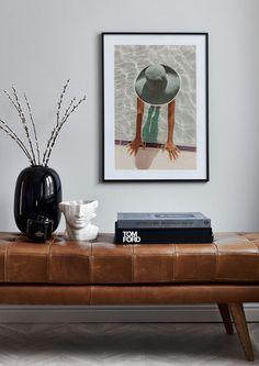 För att du skall kunna hålla dig uppdaterad har vi samlat våra senaste motiv under 'Nyheter'. Hos Postery.com hittar du mängder av posters och tavlor online, allt från det klassiska till de senaste trenderna. Vi lanserar löpande nya motiv så håll utkik! Modern Couch, Living Room Modern, Living Room Interior, Living Room Decor, Interior Livingroom, Living Area, Ibiza Apartments, Garderobe Design, Online Painting