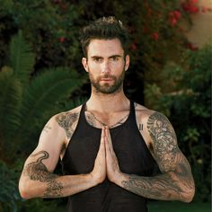 Adam Levine: Yoga with Details Magazine! Adam Levine performs a yoga pose for a feature in Details magazine. Here's what the rocker and The Voice coach had to share: On why he turned… Sup Yoga, Yoga Moves, Yoga Man, Namaste Yoga, Adam Levine Tattoos, Maroon 5, Stevie Ray Vaughan, Lenny Kravitz, Tatoo
