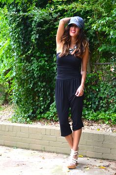 Street Style: romper, gladiator sandals, yankees hat, fashion, blog Yankees Hat, Dress For Success, New York Yankees, Gladiator Sandals, Rompers, Street Style, Hats, Projects, Blog