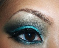dramatic eye makeup wedding day for teal color   Dramatic Smokey Teal St. Patty's Day Look - 120 Palette