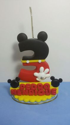 Bolo Mickey, Disney Cakes, Cake Toppers, Biscuits, Minnie Mouse, Rose Candle, Mickey Mouse Balloons, Personalized Candles, Cold Porcelain
