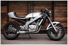 """Bandit9's '88 Honda Bros 400 -""""Hephaestus"""" - Pipeburn - Purveyors of Classic Motorcycles, Cafe Racers & Custom motorbikes"""