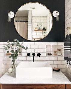 Bathroom perfection! The combination of black and white never fails. #bathroomgoals #bathroomideas #bathroomdesign Boho Bathroom, Bathroom Sets, White Bathroom, Modern Bathroom, Master Bathroom, Bathroom Closet, Bathroom Shelves, Bathroom Ceilings, Rental Bathroom