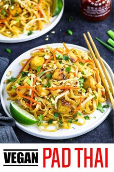 Recipes For 2 This vegan pad Thai recipe is healthy and easy to make! You'll love this noodle dish with tofu, peanuts and the most delicious pad Thai sauce! Vegan Pad Thai Sauce, Tofu Pad Thai, Vegetarian Pad Thai, Thai Vegan, Vegan Thai Noodle Recipe, Vegan Ramen, Vegan Dinner Recipes, Vegan Dinners, Vegan Recipes