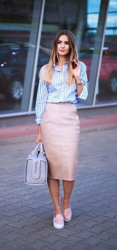 Elegant-Skirt-Outfits-For-Working-Women casual work outfits ideas skirt o. Skirt Outfits Modest, Komplette Outfits, Fashion Outfits, Casual Outfits, Fashion Ideas, Office Outfits, Modest Wear, Office Skirt Outfit, Casual Shirts