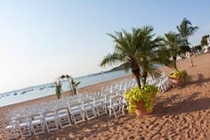 Get the feel of a destination wedding with a ceremony on our beautiful sandy beach! Anthony's Ocean View in New Haven, Connecticut.