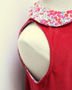 Robe chasuble sans manches petite fille en velours à col Liberty Wiltshire rouge