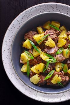 Instant Pot (Pressure Cooker) Spicy Pineapple Pork - the homemade version of the same popular Nom Nom Paleo hot bar dish at Whole Foods Market! This pork stew is savory, pineapple-y, moderately spicy and so dang easy to make in a pressure cooker! Instant Pot Pressure Cooker, Pressure Cooker Recipes, Pressure Cooking, Slow Cooker, Nom Nom Paleo, Whole Foods Market, Pork Stew, Pots, Thing 1
