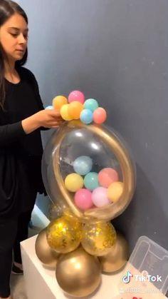 Birthday Balloon Decorations, Diy Wedding Decorations, Birthday Balloons, Wedding Favors, Party Wedding, Party Favors, Balloon Arrangements, Balloon Centerpieces, Baptism Centerpieces