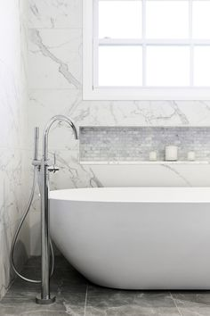 Just Bathrooms – Longueville