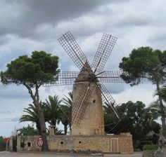 Wind mill on Mallorca #mill #windmill #mallorca #spain #travelgram #travelphotography #bestvacations #beautifuldestinations #landscape #ig_worldclub #ig_europe #ig_countryside #wonderful_places #worldplaces #worldcaptures #globe_travel #cloudlovers #landscapelovers #ic_landscapes #explore #wanderlust by heidiontour