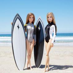 Surfs up Barbie! Barbie Life, Barbie World, Barbie Sport, Barbie Tumblr, Barbies Pics, Barbie Fashionista Dolls, Diy Barbie Clothes, Barbie Diorama, Beautiful Barbie Dolls