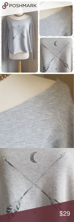 Anthropologie Adelaide Arrow Sweatshirt Super soft inside and our, this raw-cut sweatshirt will be your chilly weather staple.  No size tag - would best fit a size medium. Like new! Anthropologie Tops Sweatshirts & Hoodies