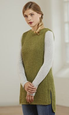 The Joyce Vest is a textured rib tunic length vest with a hi-lo hem and side vents. Knit in CLASSIC SUPERWASH, this vest is comfortable and can be worn for seasons to come. Ladies Cardigan Knitting Patterns, Knit Vest Pattern, Chunky Knitting Patterns, Chunky Knit Cardigan, How To Purl Knit, Knit Fashion, Long Sweaters, Cardigans For Women, Knit Crochet