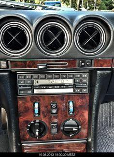 Mercedes-Benz R107 SL